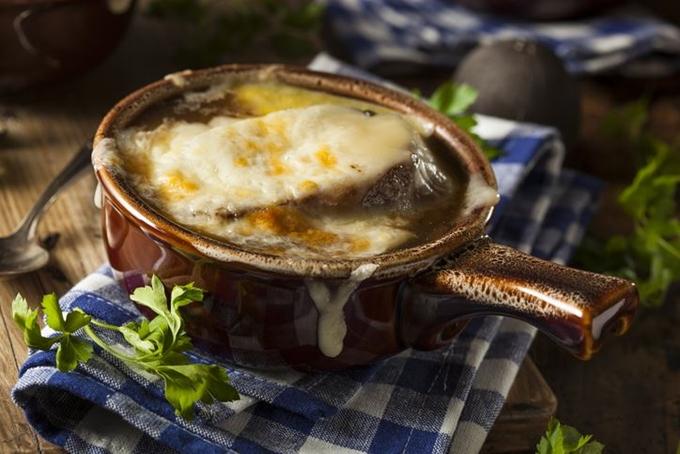 [이용재의 세심한 맛] 양파 45분정도 볶기만 해도… '폭발하는 단맛'에 요리 만능 재료로