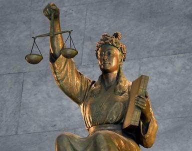 [36.5°] 법관의 감수성