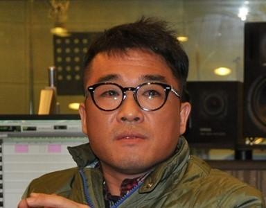 """가세연 강용석 """"김건모에 성폭행 당한 여성 있다"""""""
