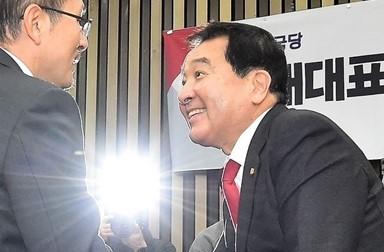 한국당 새 원내대표 5선 심재철