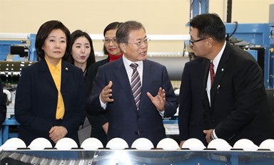 """""""가장 아픈 곳 찔렀다"""" 한국 '탈일본' 성과에 日 당혹"""