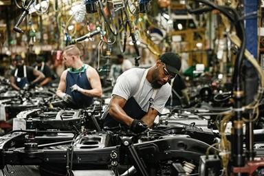 UAW, 코로나 19 대응을 위한 '미국 내 자동차 공장 2주 셧다운' 요청