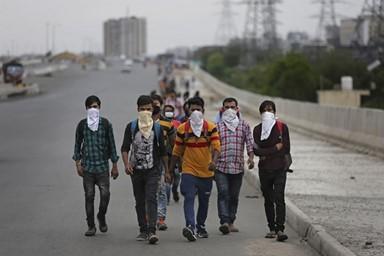 '국가봉쇄'로 실직한 노동자들