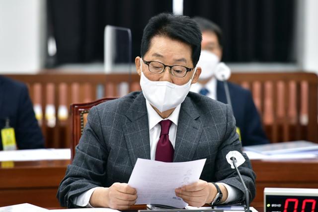 """국정원 """"이명박 정부지도 하 정치인 불법 사찰"""""""
