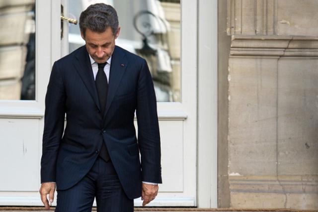 사르코지 전 프랑스 대통령, '판사 매입'으로 징역형 선고