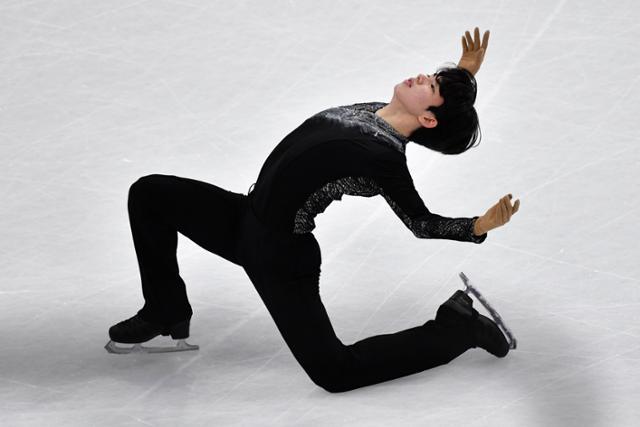 피겨 스케이팅 차준환, 세계 선수권 10 위 … 남자 피겨 스케이팅 역사상 30 년 만에 최고 성적