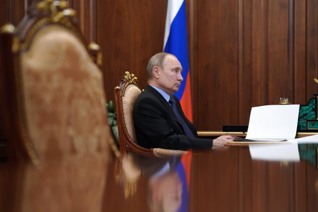 푸틴, '생명을위한'선거법에 서명 … '스탈린을 넘어서'