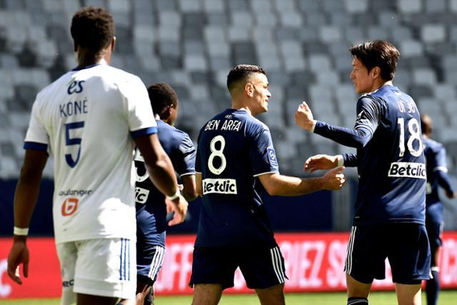 황의 조 '10 골 '… 유럽 최초 두자리 수 득점