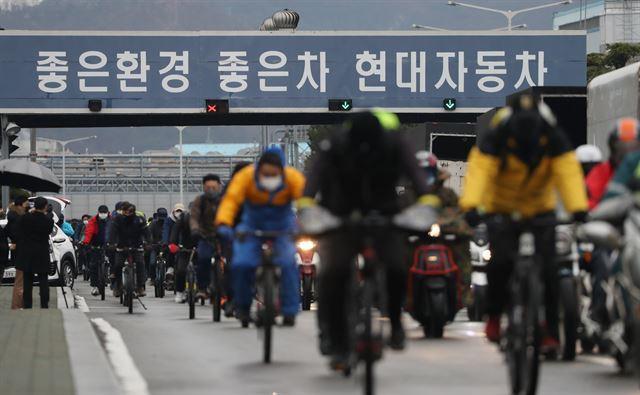 """현대차 공장 '반도체 위기'드디어 멈췄다 …""""아이 오닉 5 출하 차질"""""""